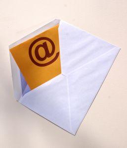an-e-mail-1215930-m